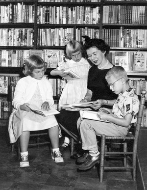Beverly Cleary with Kids at Berkeley, 1957