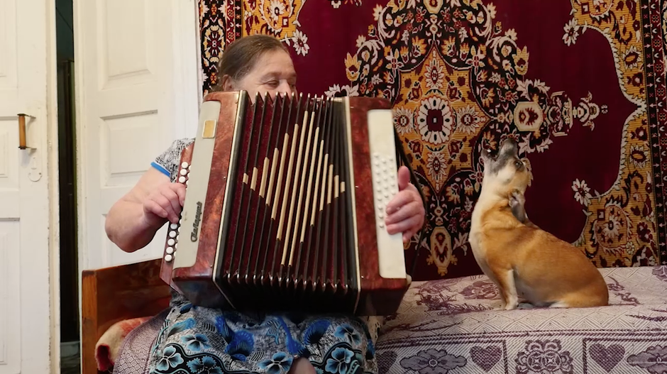 """On her trip to the ChernobylNuclear Power Plant's exclusion zone, Julia Oldham collected footage of this """"self-settler,""""Valentina and her chihuahua, Danna."""