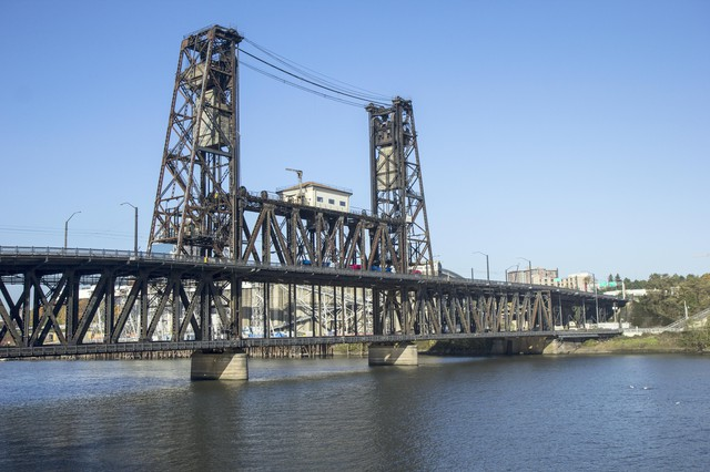 The Steel Bridge in Portland, Oregon.