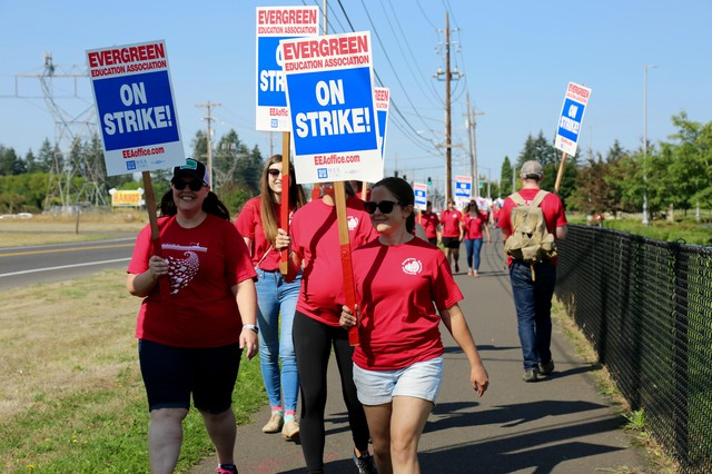 Teachers with the Evergreen School District picketing on Tuesday, Aug. 28. 2018.