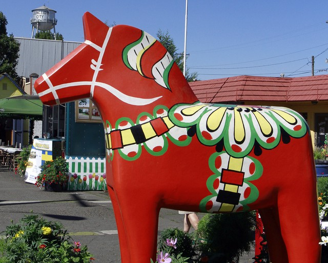 The iconic Scandinavian Festival centerpiece, the dala horse, is always a crowd favorite.