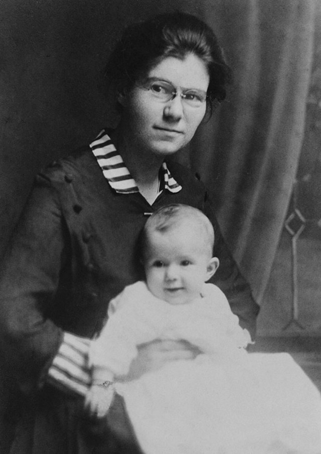 Beverly Atlee Bunn smiles for the camera as she sits on the lap of her mother, Mable.