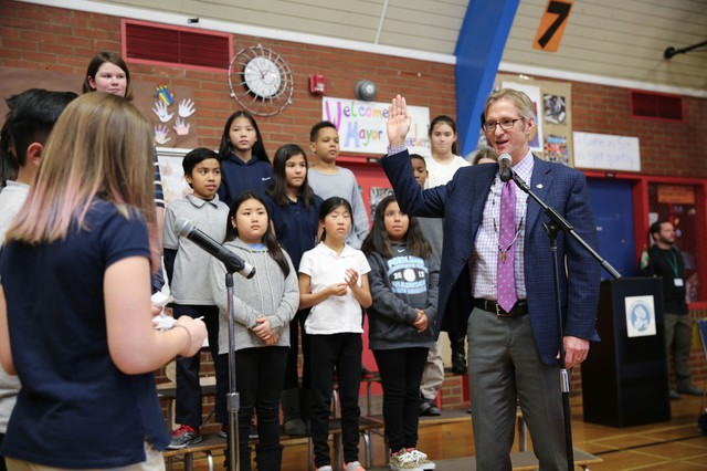 Portland Mayor Ted Wheeler takes the ceremonial oath of office at Jason Lee Elementary on Wednesday, Jan. 4, 2017.