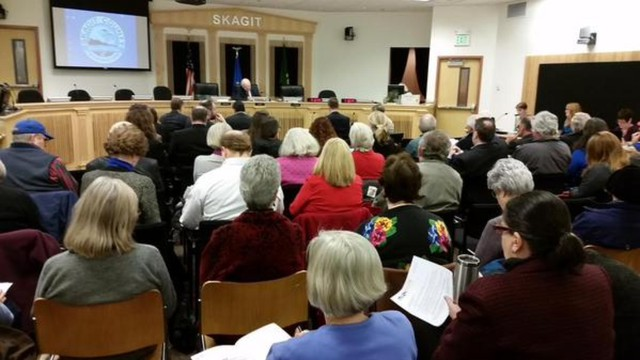More than 100 people attended the hearing in Skagit County for a proposal by Shell Oil to build a rail expansion to receive oil trains at its Anacortes refinery.