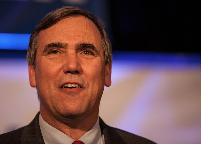 Sen. Jeff Merkley in 2014