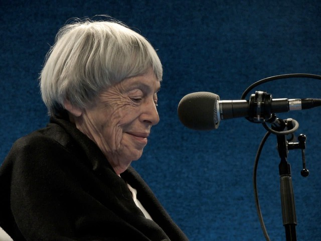 "Ursula Le Guin at a ""Think Out Loud"" live show in 2013 focused on the staging of ""The Left Hand of Darkness"" by Portland Playhouse and Hand2Mouth Theatre."