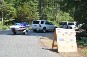 Visitors to Kachess Lake queue up for parking.