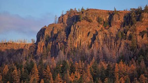 In the Ochoco National Forest, North Point overlooks Bridge Creek Wilderness at sunrise.