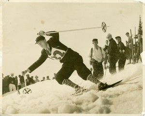 Hjalmar Hvam in the Silver Skis race on Mt. Rainier in 1936. He won with a time of 5:38.