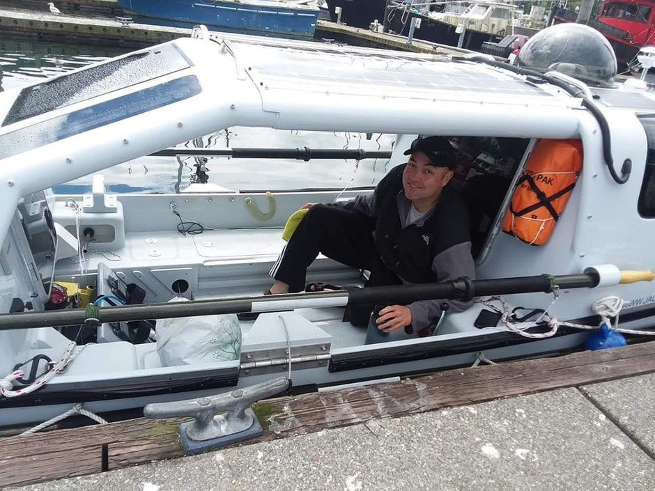Jacob Hendrickson set out to complete the longest solo rowing voyage from North America across the Pacific Ocean.