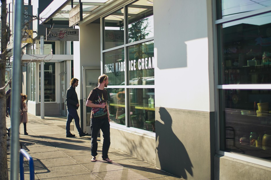 Customers visitSalt & Straw ice cream store inAlberta Street for take-out pints only, March 21, 2020. The popular chain announced it would close until further notice due to the novel coronavirus pandemic.